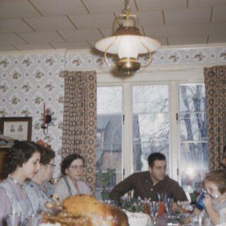 sunday dinner, family dinner